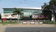 PM मोदी के संसदीय क्षेत्र के मॉल में फायरिंग, 2 लोगों की मौत, कई घायल