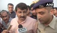 Signature bridge inauguration: Watch BJP Delhi chief Manoj Tiwari enter into a scuffle with AAP supporters at the Bridge launch event