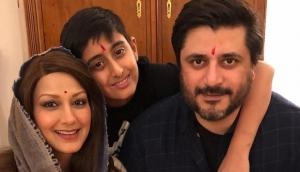 In between cancer treatment, here's how Sonali Bendre celebrated Diwali with her family in New York; see pics