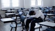 बच्चे ने नहीं किया होमवर्क तो टीचर ने जड़ दिया थप्पड़, मुंह को मार गया लकवा
