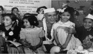 जानें आखिर क्यों नेहरू की अस्थियों को हेलीकॉप्टर से खेतों पर छिड़का गया?