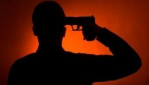 Telangana: 19 year old shoots himself with father's gun after failing to clear exam