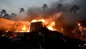 कैलिफोर्निया की आग में अबतक 79 लोगों की मौत, 1300 लोग लापता, तस्वीरों में देखें तबाही का मंजर