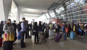 मुंबई के छत्रपति शिवाजी एयरपोर्ट पर इन दिनों क्यों छूट रहे हैं यात्रियों पसीने ?