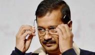 दिल्ली: मुख्यमंत्री केजरीवाल की कार पर हमला, BJP कार्यकर्ताओं ने गुजरते काफिले को घेरा