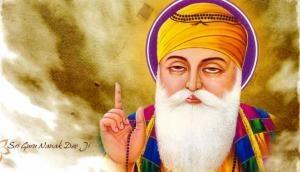 Guru Nanak Jayanti 2018: Around 3000 Sikh pilgrims visit Pakistan to celebrate Guru Nanak Dev's 550th Birth Anniversary
