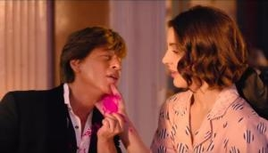 Video: Zero song Mere Naam Tu drops on internet; Shah Rukh Khan in full colors to show his love for Anushka Sharma