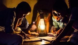 चुनावों के पहले जनता को झटका, SBI का पैसा बचाने के लिए 5 राज्यों में महंगी होगी बिजली