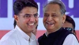 Kamal Nath, Ashok Gehlot invite Chandrababu Naidu for swearing-in ceremony for CM post