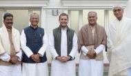छत्तीसगढ़: राहुल गांधी ने भूपेश बघेल के हाथों में सौंपी CM पद की कमान