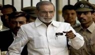 Convict Sajjan Kumar seeks lord's blessings, evades question on verdict
