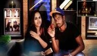 IPL के युवा स्टार ने अपनी खूबसूरत गर्लफ्रेंड के साथ रचाई शादी, FB पर इस तरह किया था प्रपोज