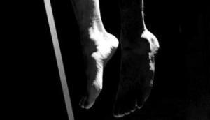 Uttar Pradesh: Couple found hanging from tree in Barabanki