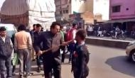 Video: दिव्यांग ने कहा- अखिलेश को दूंगा वोट तो BJP नेता ने मुंह में डाला डंडा