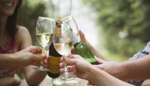 शराब छोड़ने से शारीरिक ही नहीं मानसिक स्वास्थ्य भी रहता है बेहतर- शोध