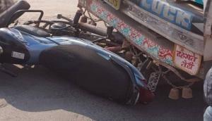 Two killed in road accident in Uttar Pradesh's Ballipur village