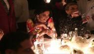 Video: हाथ में वाईन का ग्लास लिए पति रणवीर के लिए चीयर लीडर बनीं दीपिका पादुकोण, सोशल मीडिया में मचा हड़कंप