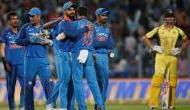 तीन महीने से टीम इंडिया के लिए वॉटर बॉय बना हुआ ये खिलाड़ी, क्रिकेट खेलने की जगह चला रहा है 'चैट शो'!