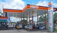 पेट्रोल के दामों में आज हुई कटौती, स्थिर रहे डीजल के दाम