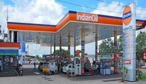 पेेट्रोल-डीजल की कीमतों में फिर हुई बढ़ोतरी, आज इतने बढ़ाए गए तेल के रेट