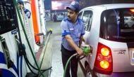 पेट्रोल-डीजल की कीमतों में नहीं हुआ कोई बदलाव, जानिए क्या है आज तेल का रेट