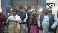 चुनावों के पहले कांग्रेस को बड़ा झटका, ममता बनर्जी की TMC में शामिल हुई कांग्रेस की सांसद