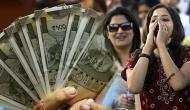 131 रुपए के बदले इस महिला को मिले 31 करोड़, हर महीने 30 सालों तक मिलेंगे 9 लाख
