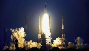 भारत की अंतरिक्ष में एक और बड़ी उपलब्धि, ISRO ने लांच किया GSAT-31, Video में देखें इसरो का कारनामा