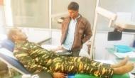 नक्सली के लिए भगवान बना CRPF का जवान, जिस पर चला रहा था बंदूक उसी ने खून देकर बचाई जान