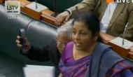 राफेल डील: रक्षा मंत्री सीतारमण ने अख़बार की रिपोर्ट पर उठाये सवाल, कांग्रेस ने मांगी JPC जांच