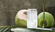 नारियल पानी पीने के हैं गजब के फायदे, कई रोगों से लड़ने की देता है ताकत
