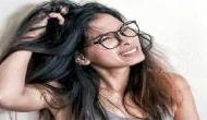बालों के डेंड्रफ को दूर करने के लिए नारियल का तेल है फायदेमंद, बस ऐसे करें इस्तेमाल