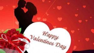 वेलेंटाइन डे पर अपने प्यार को सुनाए ये रोमांटिक गानें, यकीन मानिए उनके दिल की धड़कन बन जाएंगे आप