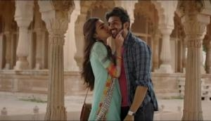 Photo song from Luka Chuppi out; Sorry guys Kartik Aaryan and Kriti Sanon but do you have anything original?