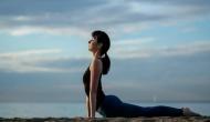 योग महिलाओं के लिए है वरदान, ब्रेस्ट कैंसर जैसी कई गंभीर समस्याओं के लिए है फायदेमंद