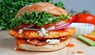 सुपरमार्केट से सैंडविच चुराना इस सांसद को पड़ गया भारी, विरोध के बाद दिया इस्तीफा