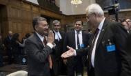 हेग में भारत ने पाकिस्तान को दिखाया आईना, अटॉर्नी जनरल से हाथ मिलाने से किया इनकार