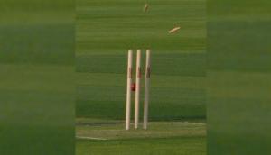 क्रिकेट के मैदान पर एक बार फिर से हुआ अजूबा, सिर्फ 9 रन पर आलआउट हुई ये टीम
