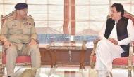 सेना के प्रभाव में दबे इमरान खान, क्या यही है 'नया पाकिस्तान'