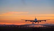 एयरपोर्ट पर छूट गया बच्चा तो लेने के बीच रास्ते से लौटा विमान, जानिए फिर क्या हुआ