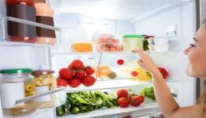 फ्रिज में खाने की चीजे रखने वाले हो जाएं सतर्क, स्वाद के साथ-साथ सेहत पर भी हो रहा नुकसान