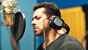 सलमान खान ने गाया फिल्म 'नोटबुक' के लिए गाना, तो यूजर्स बोले- रहने दे भाई..