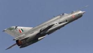 राजस्थान के बीकानेर MIG-21 दुर्घटनाग्रस्त, पायलट सुरक्षित, जांच के आदेश