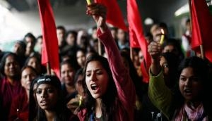 Women's Day 2019: जानें भारतीय संविधान से महिलाओं को मिले कौन से अधिकार