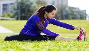 बदलते मौसम में कैसे रखें अपनी सेहत का ख्याल, प्राकृतिक चिकित्सा करेगी आपकी मदद