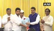 लोकसभा चुनाव 2019: महाराष्ट्र में कांग्रेस को लगा सबसे बड़ा झटका, नेता विपक्ष के बेटे BJP में शामिल