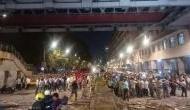 मुंबई में फुटओवर ब्रिज गिरने से 5 लोगों की मौत, 36 घायल