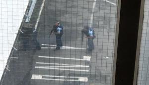 New Zeland: वीडियो गेम की तरह शूटर्स ने मस्जिदों में की फायरिंग, देखें हमले की कुछ तस्वीरें