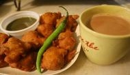 चाय के साथ कभी ना खाएं बेसन की बनी हुई चीजें, वरना कई बीमारियों से हो सकते हैं परेशान
