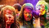 Holi 2019: होली खेलने से पहले करें ये काम, नहीं तो केमिकल रंग आपके बालों का कर देंगे सत्यानाश